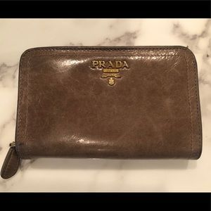 Prada wallet, used with authenticity card and box